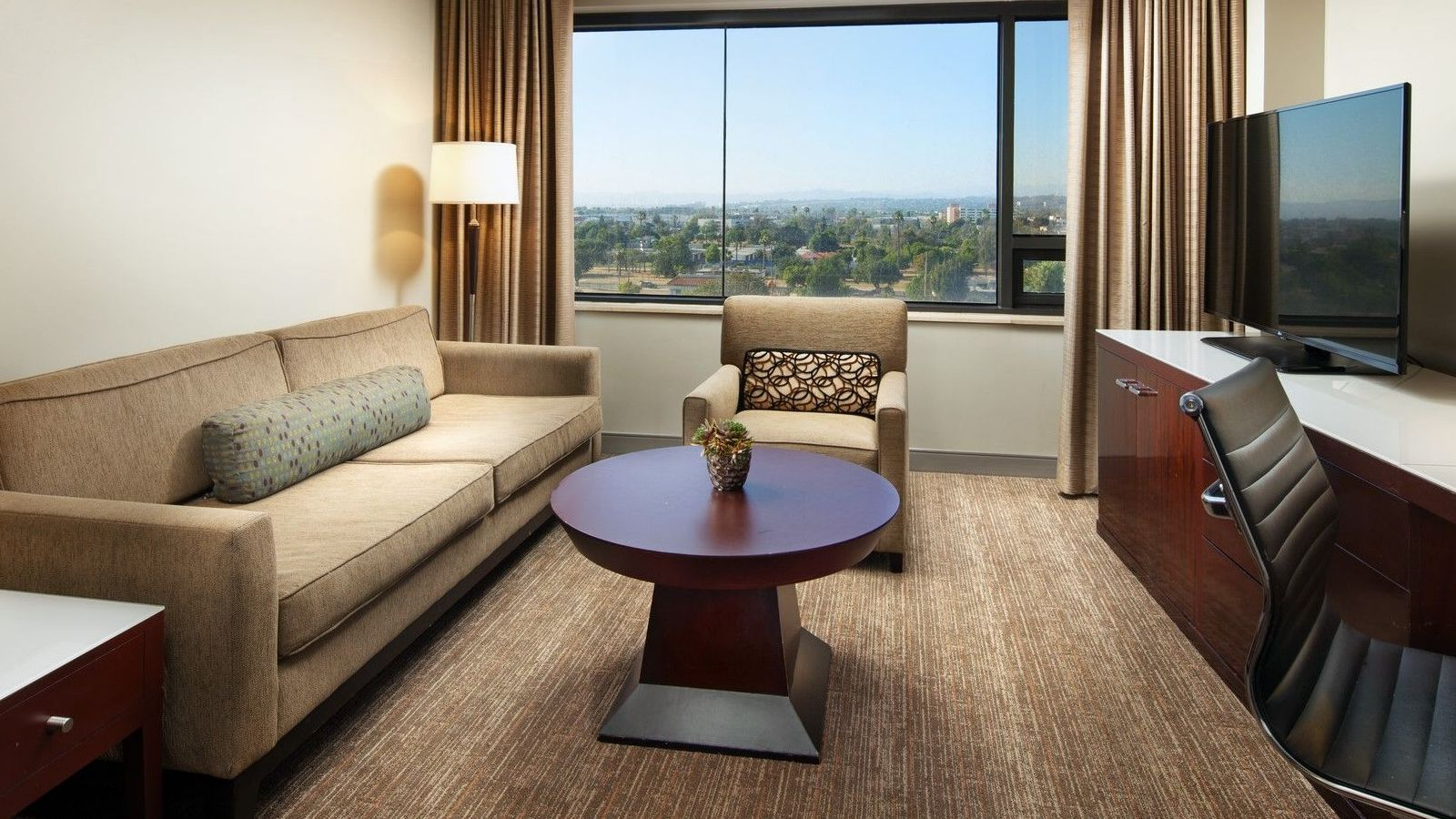 Junior Suite | The Westin Los Angeles Airport