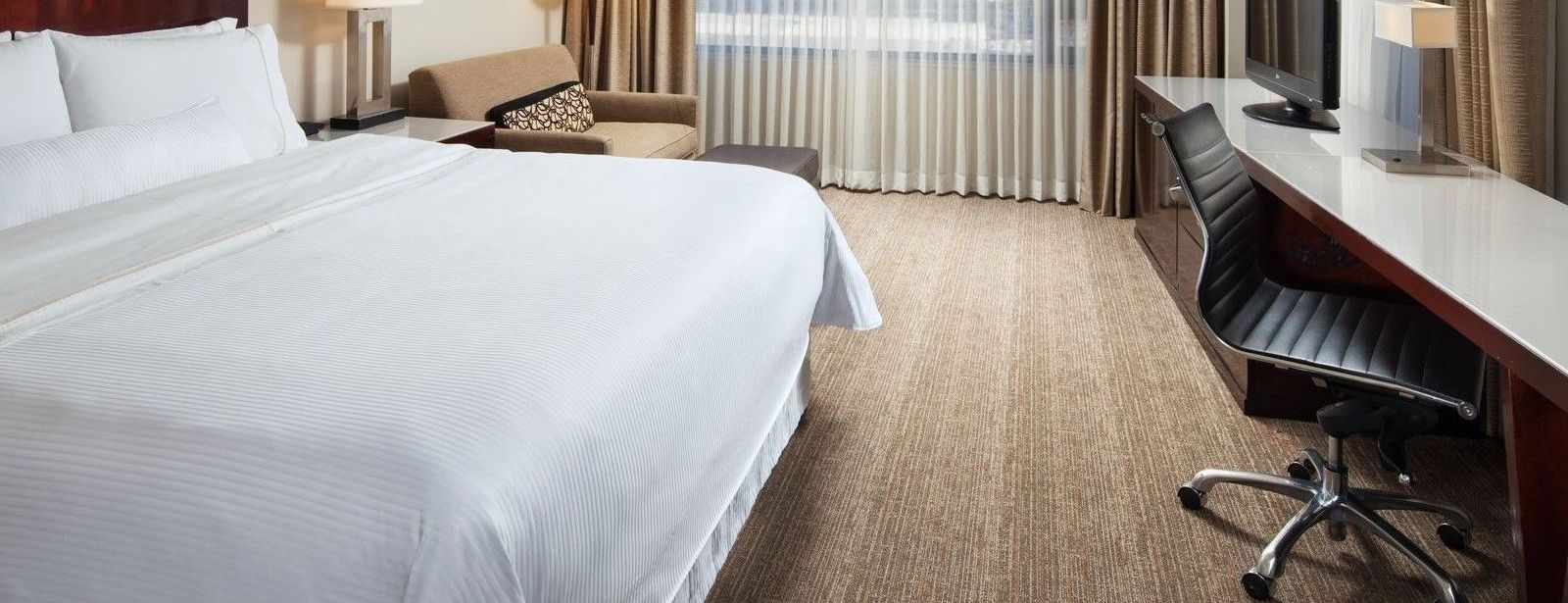 Traditional Guest Rooms | The Westin Los Angeles Airport