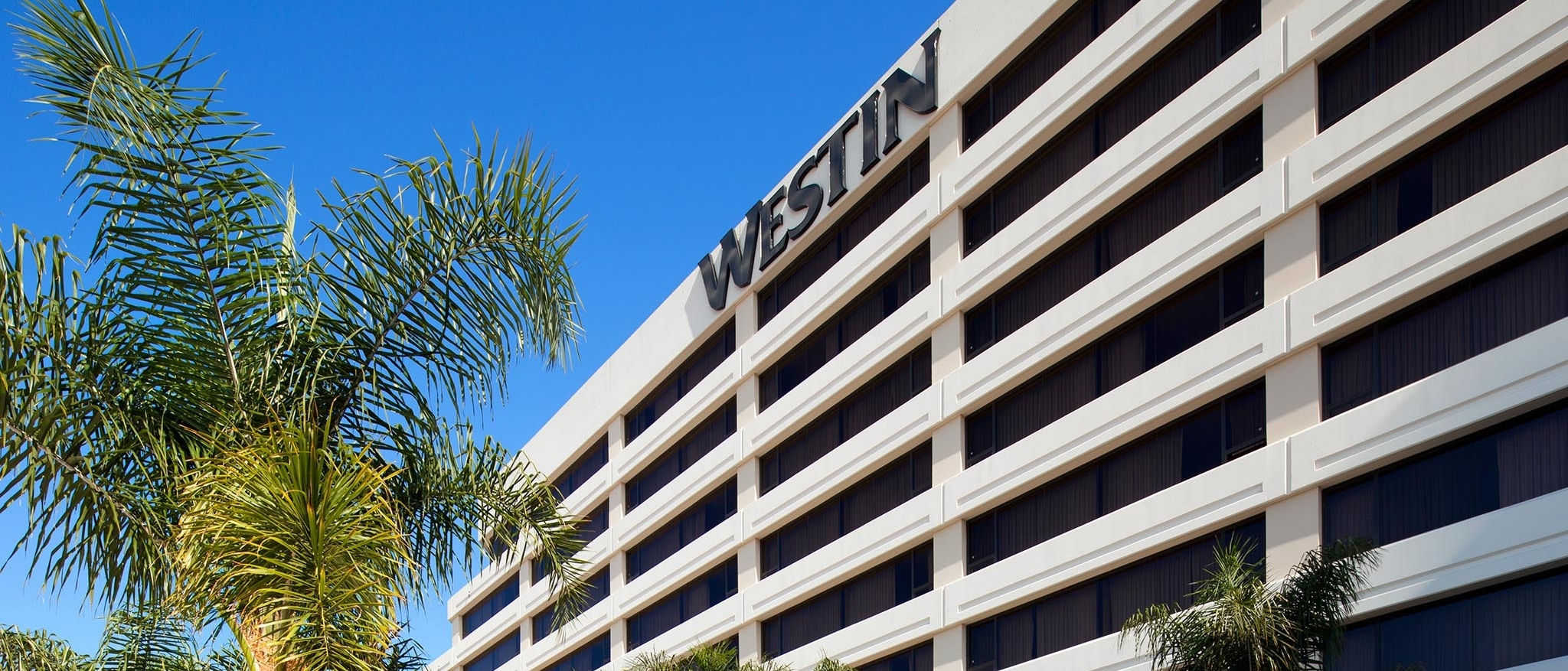 LAX Parking Rates -  Hotel Exterior